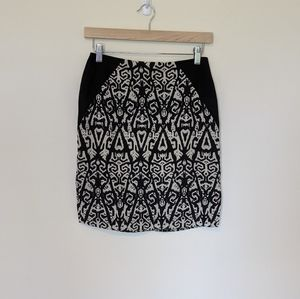 B.P. Collection graphic black / white pencil skirt